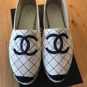 Chanel Espadrilles Quilted black & beige size 39